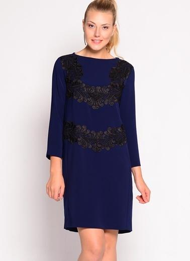 Beymen Studio Truvakar Kol İşlemeli Elbise Lacivert